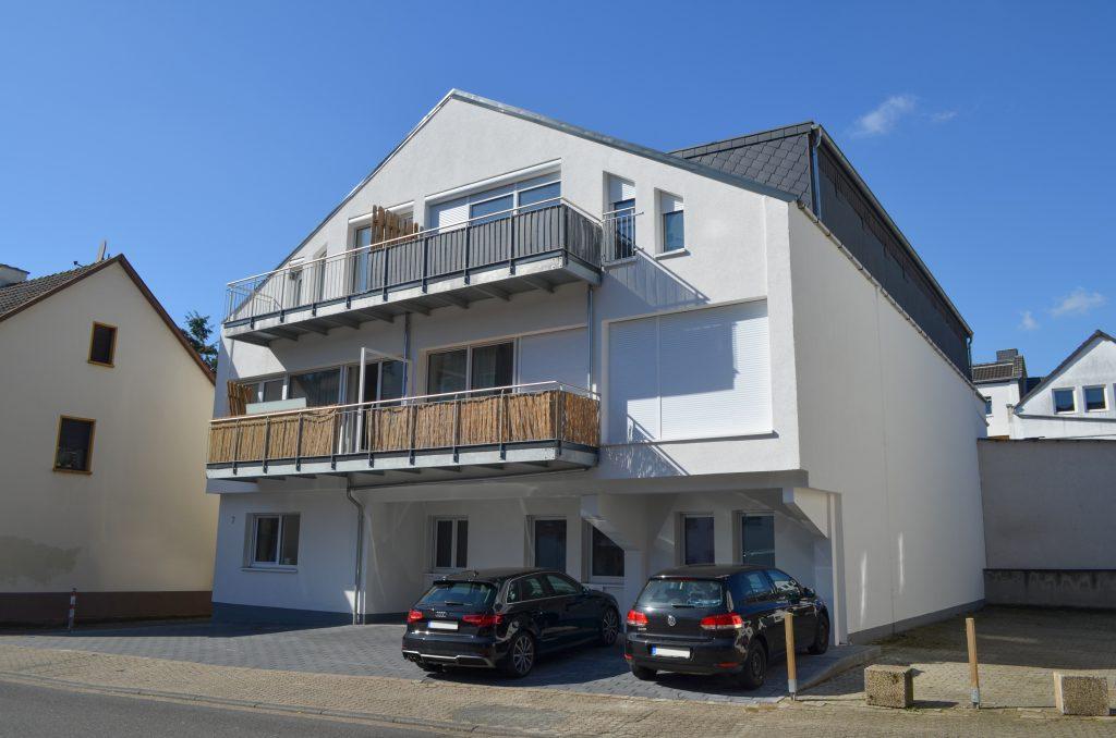 WEG Verwaltung von 8 neu errichteten Einheiten in Siegburg.